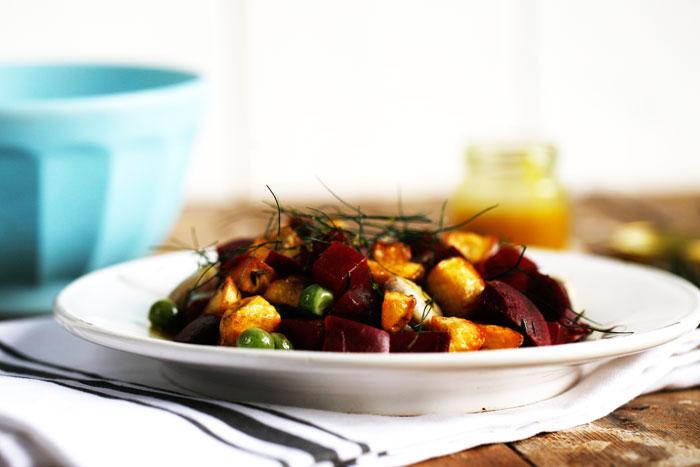 Aardappelsalade-met-rode-biet